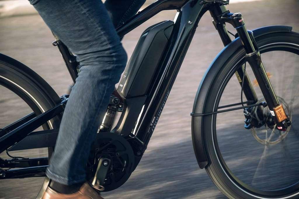 Le nouveau Friday 27 FS Speed est muni d'une fourche Suntour de 100mm et d'un amortisseur arrière. © Moustache Bikes