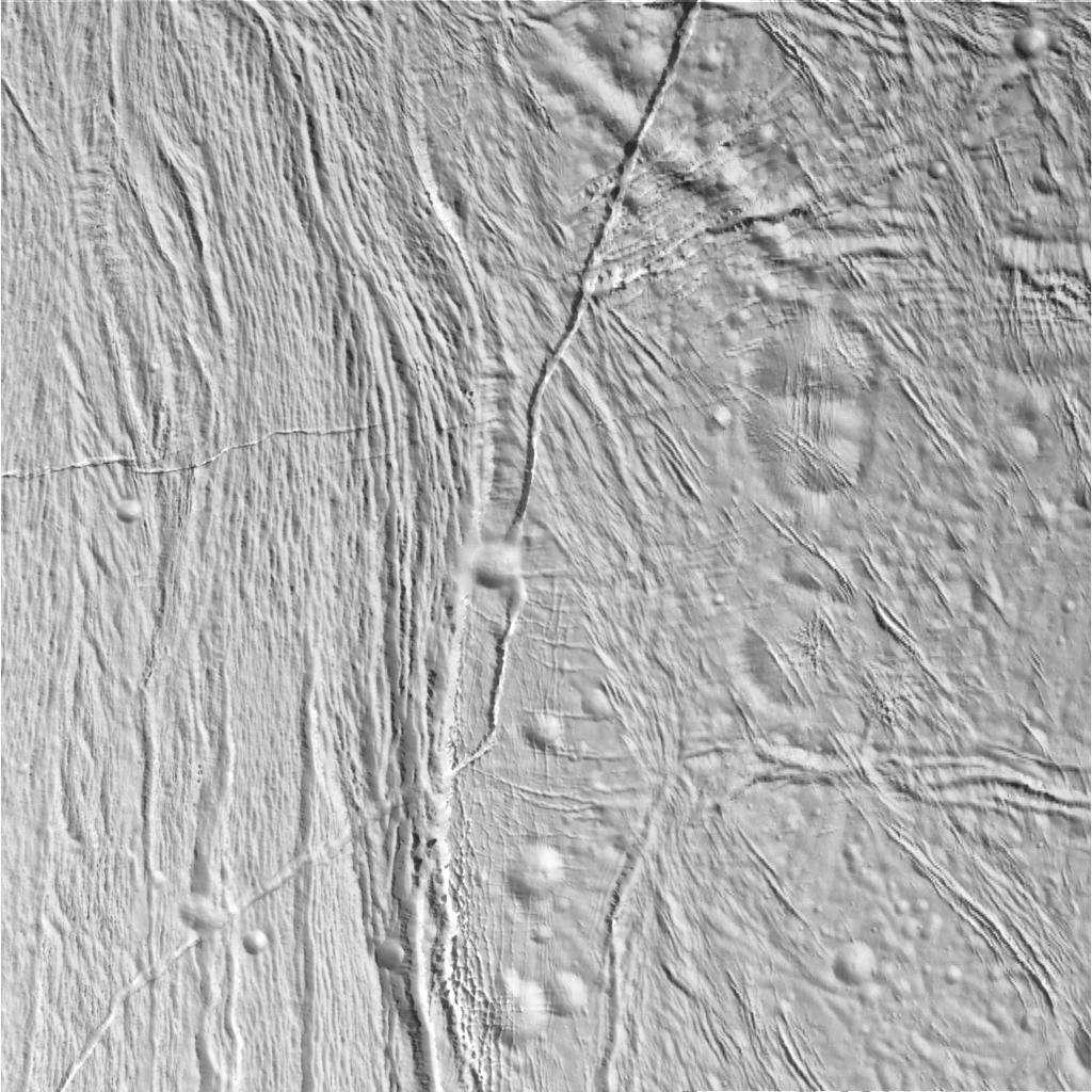 Encore des détails sur la surface d'Encelade