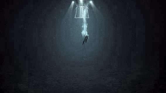 Comme le montre cette image du film d'Erik Skjoldbjaerg, les plongeurs étaient installés au sec dans des caissons maintenus à la pression extérieure. Lorsqu'ils sortaient, ils étaient équipés de leur scaphandre. © Les films d'Antoine