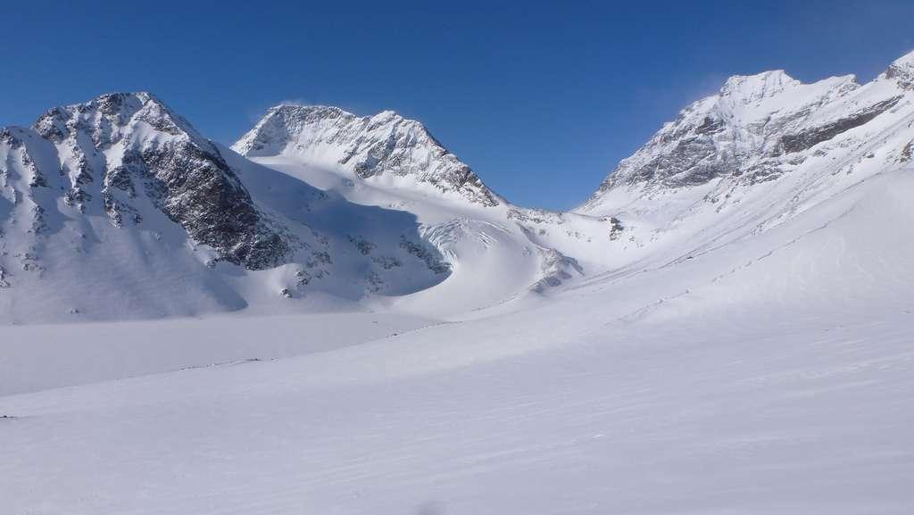 Le sommet sud du massif Kebnekaise en Suède a perdu quatre mètres de neige au cours du seul mois de juillet 2018. © Lukáš Poláček, Flickr CC BY-NC 2.0