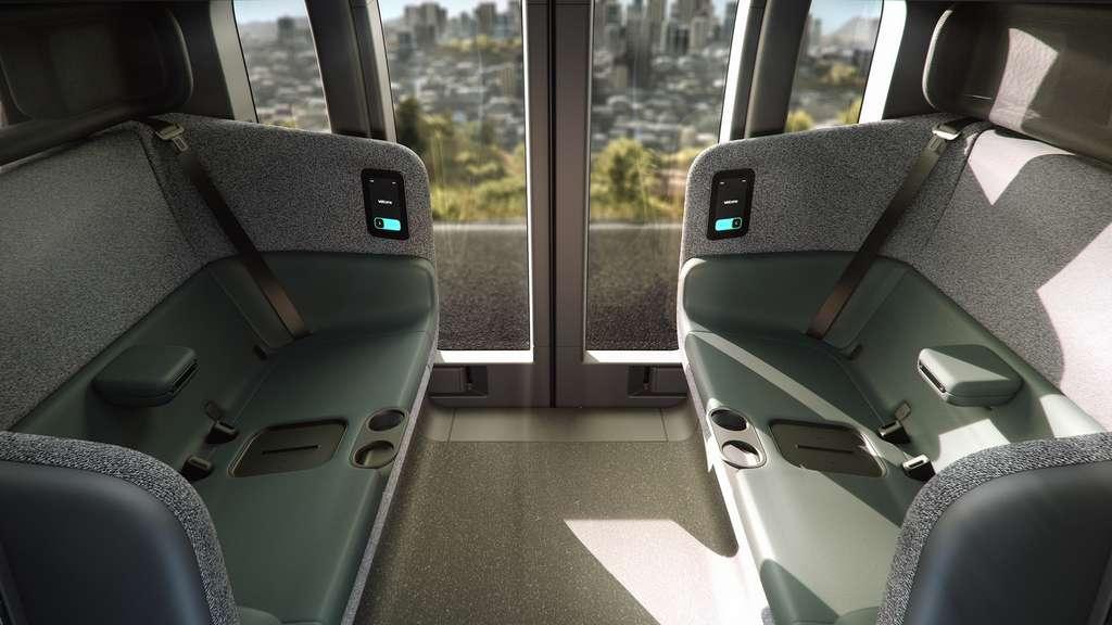 L'habitacle de la navette autonome comporte un dispositif de recharge sans fil pour les smartphones. © Zoox