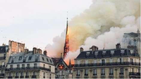 La reconstruction de la flèche de la cathédrale Notre-Dame, détruite dans l'incendie, lundi 15 avril, fera l'objet d'un concours international d'architecture. © Édouard Magrino, AFP