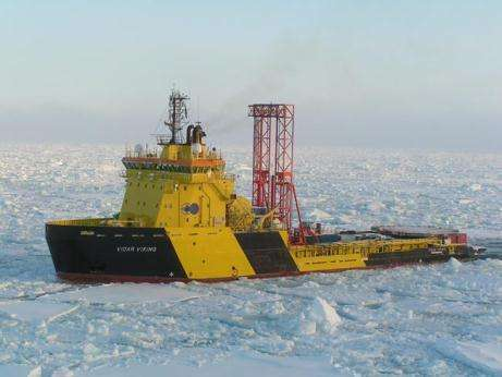 Le forage mené par l'expédition ACEX a montré que, il y a 55 millions d'années, l'Arctique était dépourvu de glace, et son eau clapotait à plus de 18 degrés ! (Crédits : H. Brinkhuis / Utrecht)