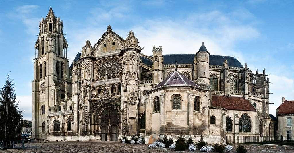 Cathédral Notre-Dame à Senlis. © Stephanemartin, Wikimedia commons, CC by-sa 3.0