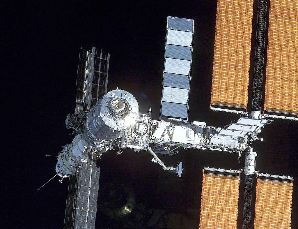 Février 2001 intégration de Destiny à la Station