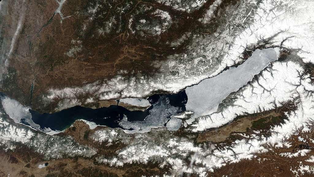 Le printemps du lac Baïkal