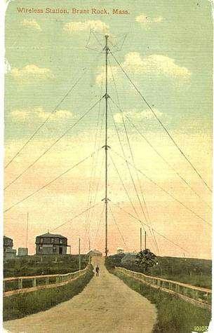 L'antenne de 128 mètres de la première émission à Brant Rock (carte postale d'époque)