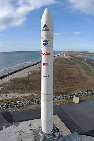 Le lanceur Taurus-II d'Orbital Sciences Corp. (vue d'artiste). Crédit Orbital