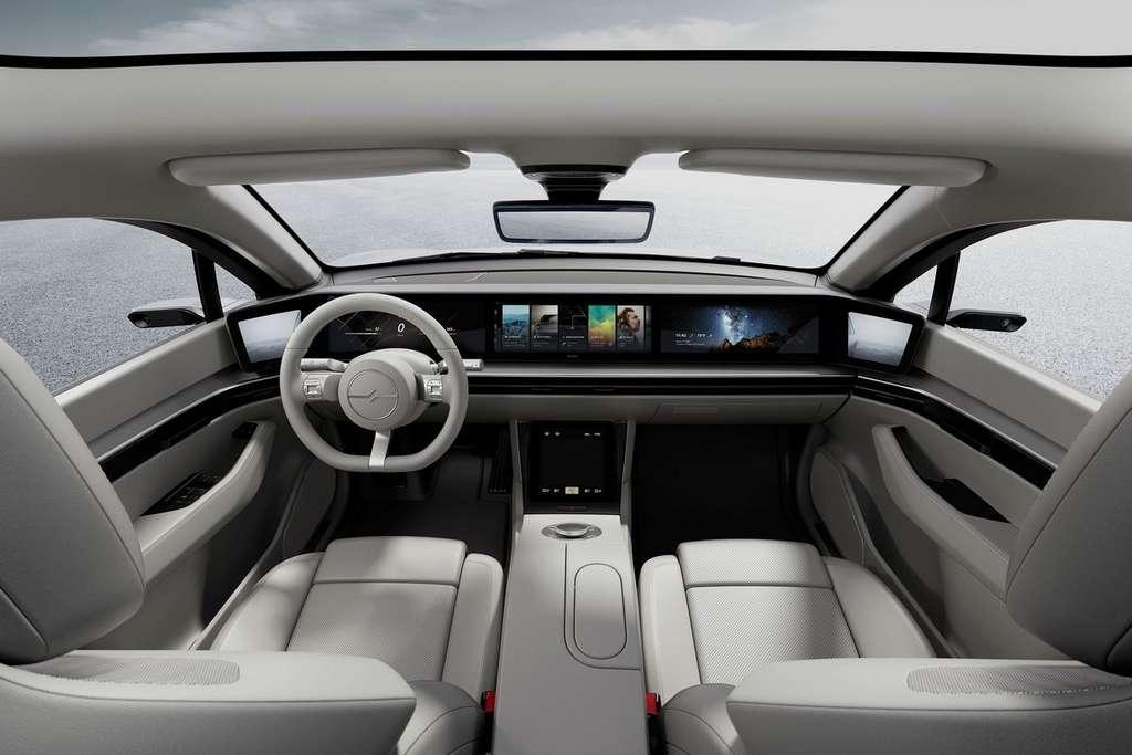 L'intérieur de la Vision-S et son système audio immersif intégré dans les sièges. © Sony