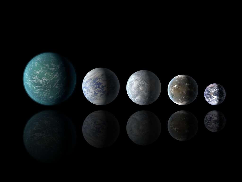 En vues artistiques, quatre planètes repérées par le télescope Kepler et se situant dans la zone d'habitabilité de leur étoile, comparées à la Terre, dont on voit la photographie à droite, à la même échelle. De gauche à droite : Kepler-22b, Kepler-69c et deux des cinq exoplanètes autour de l'étoile Kepler-62a, Kepler-62e et Kepler-62f. Non représentée, Kepler-62d serait bien plus petite, avec un diamètre de 0,54 fois celui de la Terre. © Nasa Ames, JPL-Caltech