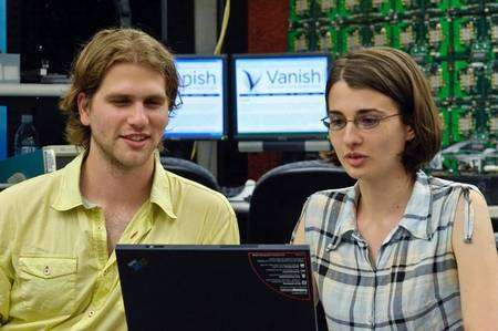 Roxana Geambasu et Amit Levy, deux des co-auteurs du logiciel Vanish. © University of Washington