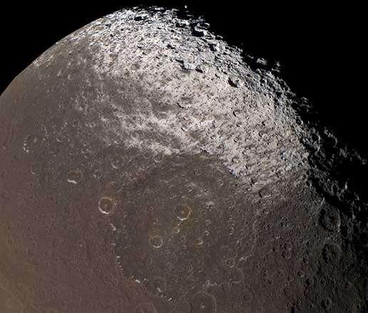 Iapetus par Cassini