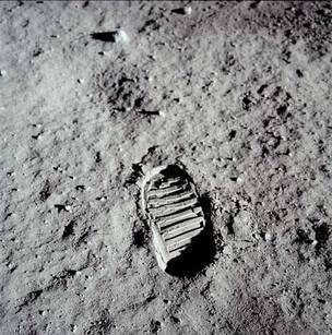 Premier pas sur la Lune, grâce à la mission Apollo 11. © Nasa