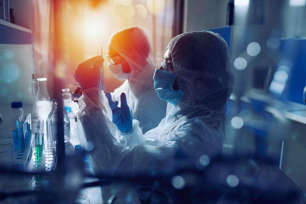 En France, selon les chiffres 2020 du ministère de l'Enseignement supérieur et de la Recherche, 618.600 personnes travaillent dans le monde de la recherche, dont 295.754 chercheurs et chercheuses. © Alphaspirit, Adobe Stock