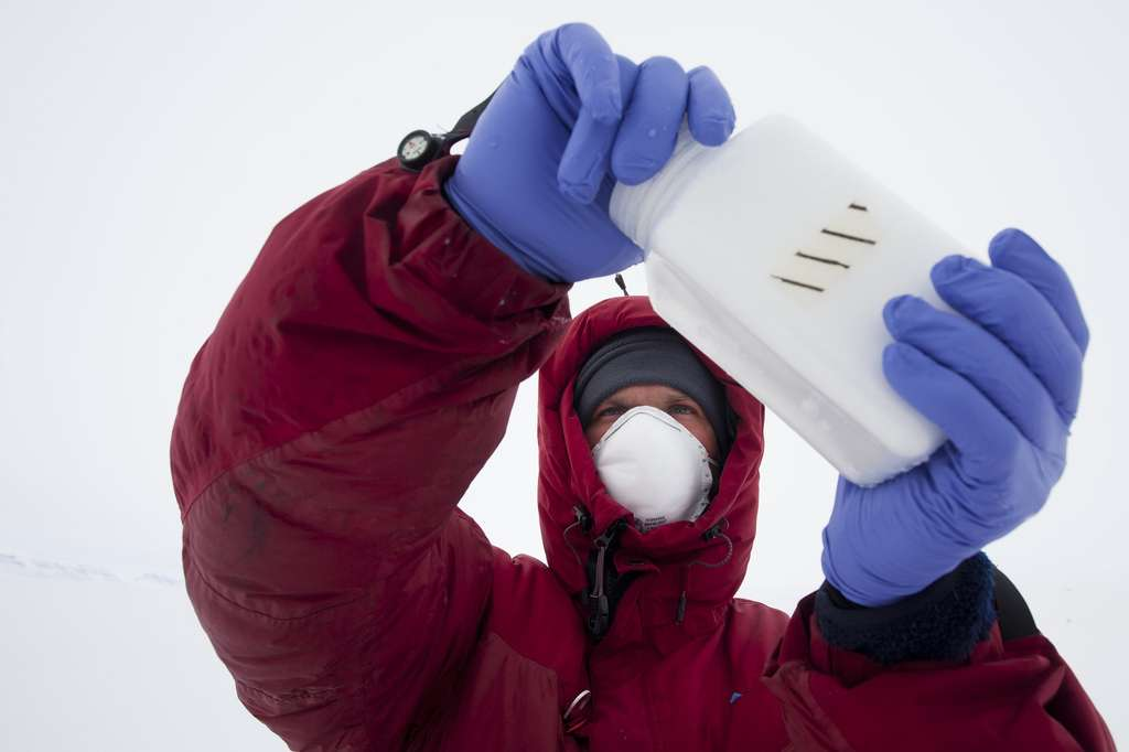 Echantillons de glace pour le laboratoire Ampère