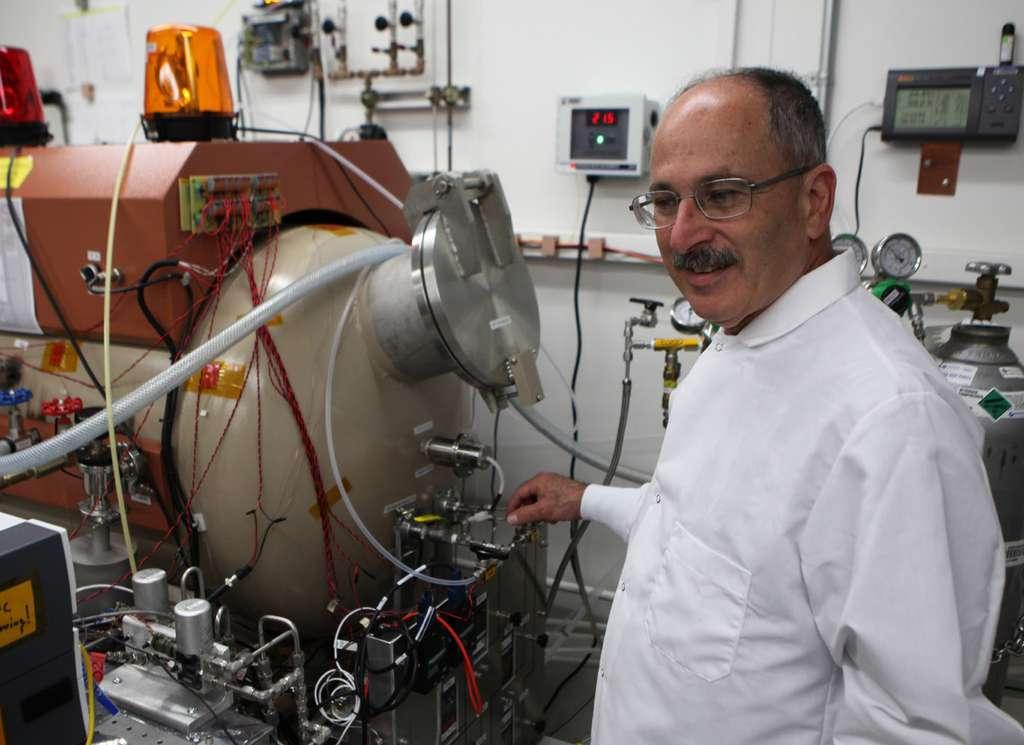 Mars 2020 embarquera Moxie (Mars Oxygen In-Situ Resource Utilization Experiment), une expérience qui permettra de produire de l'oxygène à partir du dioxyde de carbone (CO2) de l'atmosphère martienne. © Nasa, JPL-Caltech