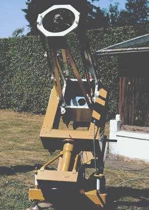 L'instrument de Jean Bourgeois, avec lequel il a découvert la plupart de ses étoiles doubles. C'est un télescope de 30 cm de diamètre et de 1,42 m de distance focale, dont l'optique a été taillée par le français Jean-Michel Prime, et dont la mécanique et l'électronique ont été réalisées par Jean Bourgeois.. La caméra vidéo CCD est placée directement au foyer primaire afin de réduire au maximum les pertes de luminosité.