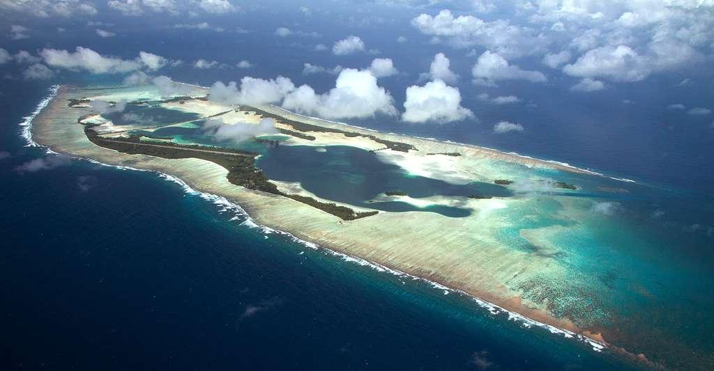 Quelle référence utiliser pour connaître le niveau de la mer ? Ici, l'atoll Palmyra, dans l'océan Pacifique Nord. © USFWS, Pacific Region, CC by 2.0