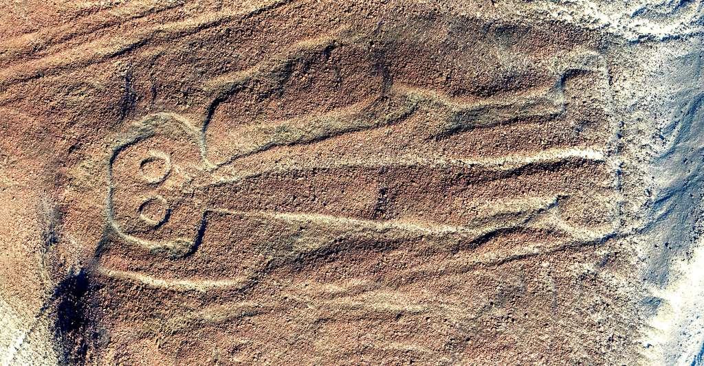Vue aérienne de Owlman aka Astronaut, le plus énigmatique géoglyphe de Nazca. © Diego Delso, Wikimedia Commons, CC by-sa 4.0