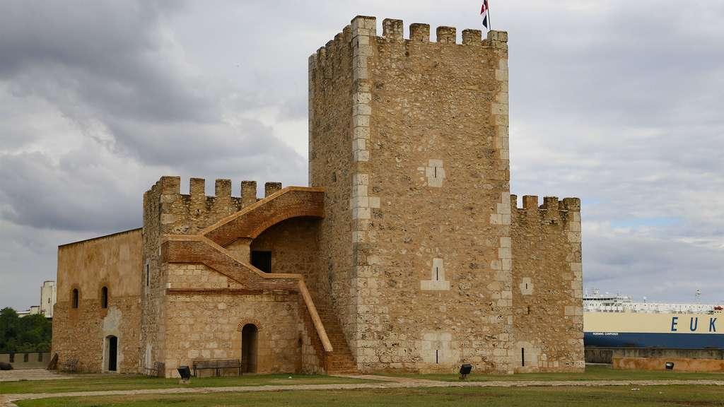 La forteresse Ozama, à Saint-Domingue