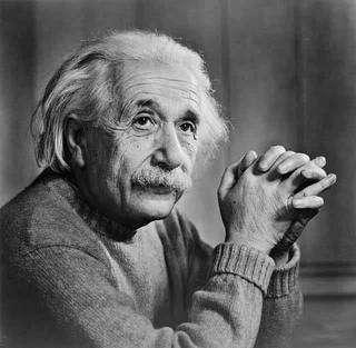 Albert Einstein alors qu'il travaillait sur une théorie unifiée des interactions à Princeton, vers la fin de sa vie. Cliquez sur l'image pour agrandir Crédit : Yousuf Karsh