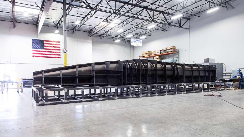 Machine outil pour la construction du fuselage avant du démonstrateur XB-1. © Boom Supersonic