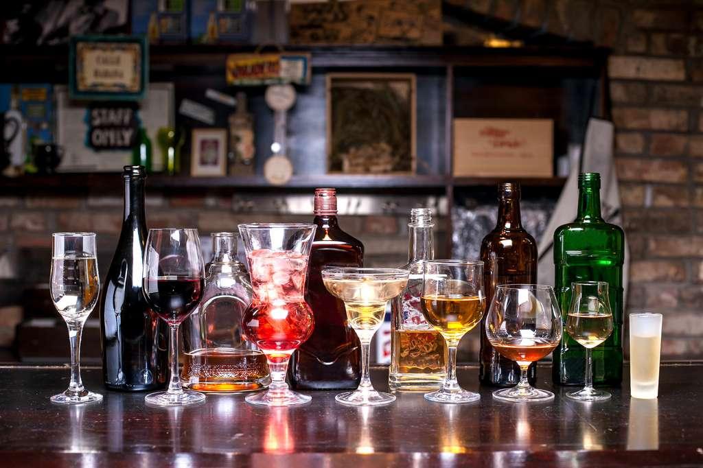 20 grammes d'alcool, c'est une canette de bière, un grand verre de vin ou un verre d'alcool fort. © Andrey Butko (Андрей Бутко), Fotolia
