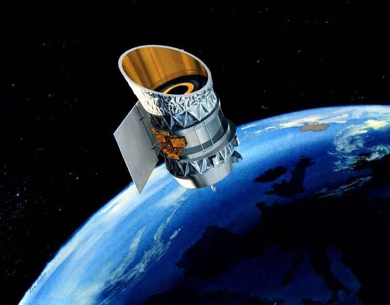Le satellite Iras en pleine action. Il n'a trouvé aucune trace d'une planète inconnue fonçant en direction du Soleil, comme la prétendue Nibiru qui devait annoncer la fin du monde. © Nasa