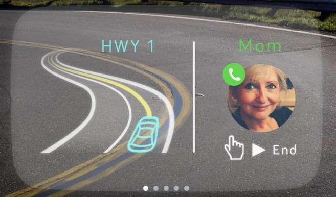 Navdy est capable de partager l'écran pour gérer plusieurs informations simultanément. Le conducteur pourra ainsi prendre un appel vocal d'un geste de la main tout en continuant à suivre son guidage GPS. © Navdy