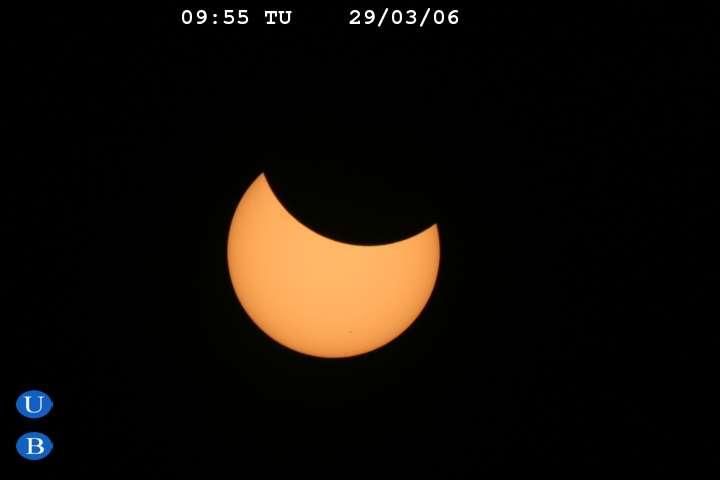 Le Soleil masqué depuis l'Egypte