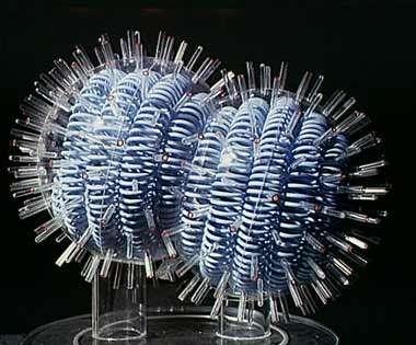 Maquette du virus de la grippe. © M. Depardieu