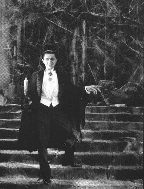 Non, tous les vampires n'habitent pas de vieux châteaux poussiéreux, comme Bela Lugosi dans le rôle de Dracula en 1931... © DR