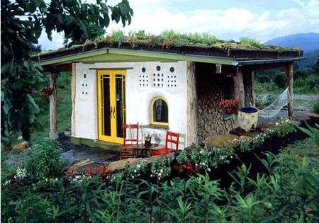 Un bâtiment écologique, de la structure au toit végétalisé. © Clarke Snell