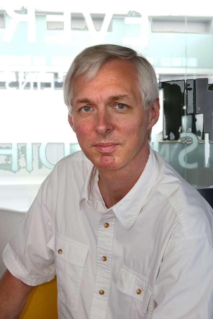 Arjen Lenstra, professeur au laboratoire de cryptologie algorithmique à l'EPFL, a démontré avec son équipe que les clés de cryptage RSA ne sont pas fiables à 100 %, mais seulement à 99,8 %... © EPFL
