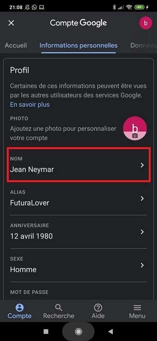 Appuyez sur « Nom ». © Google Inc.