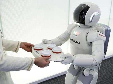 Les robots à notre service : une image encore loin du quotidien. © Honda