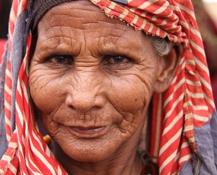 C'est dans les pays pauvres que les progrès sur l'espérance de vie ont été les plus conséquents. Néanmoins, l'écart demeure conséquent : les femmes des pays pauvres vivent 19 ans de moins que leurs homologues des territoires les plus riches. © Trocaire, Wikipédia, cc by 2.0