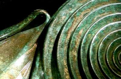 Détail d'un objet en bronze 1200 av JC.