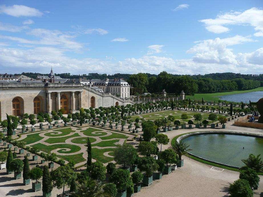 L'orangerie du château de Versailles, dans le département des Yvelines. © Simdaperce, Wikimedia Commons, DP