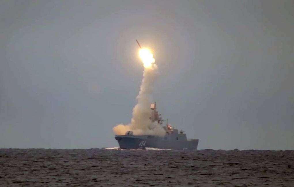 De la théorie à la réalité. Plusieurs tests de missiles hypersoniques Tsirkon ont été réalisés dans l'espace maritime russe au niveau de l'Arctique dernièrement. La torpille Poséidon 2M39 pourrait elle aussi faire l'objet d'essais. © Tass