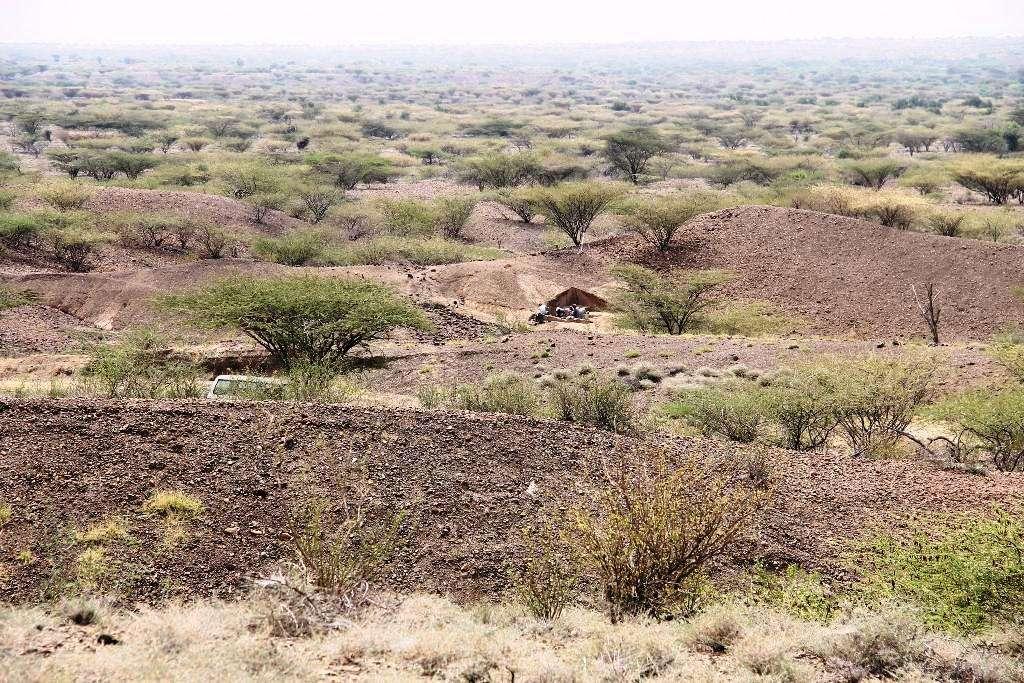 Les outils ont été trouvés sur le site de Lomekwi 3, au Kenya. Le chantier de fouille se trouve dans la zone triangulaire, au milieu sur l'image. © MPK-WTAP