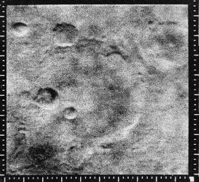 L'image numéro 11 transmise par Mariner 4 : que de désolation !