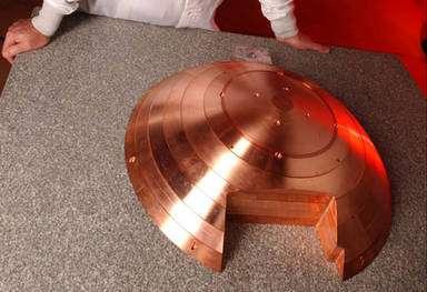 Les 372 kg de masse de cuivre de l'impacteur. © Ball Aerospace