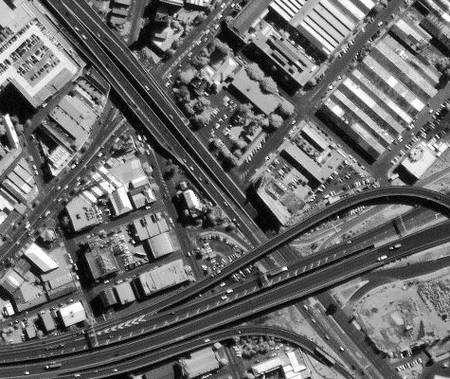 Un exemple d'excellente résolution: Canberra, vu par le satellite Ikonos avec une précision de 50 centimètres. Crédit Ikonos