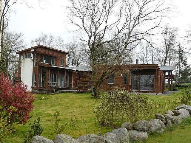 Les maisons en bois représentent aujourd'hui 10 % du marché de la construction individuelle. Ici, une maison en bois en Norvège. © hippocamp29, Flickr CC by nc-sa 2.0
