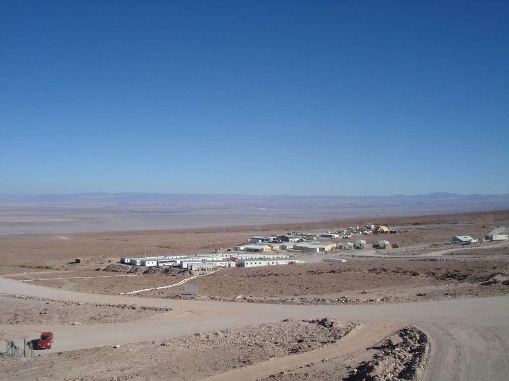 Vue générale de la base vie à l'OSF (Operations Support Facility) situé à 2.900 mètres. © Thales Alenia Space