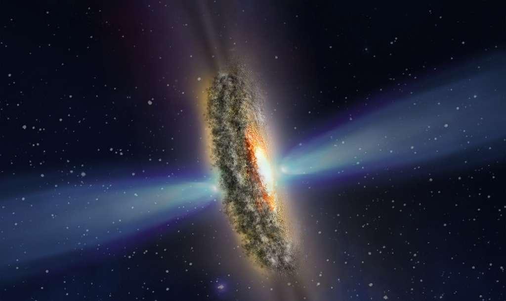 Cette illustration représente une explication possible des mystérieux rayons lumineux et des ombres sombres observées émanant du centre extrêmement lumineux de la galaxie active IC 5063. Dans ce scénario, un disque poussiéreux entourant le trou noir du monstre projette son ombre dans l'espace, qui est entrecoupé de rayons brillants qui fuitent à travers les espaces du disque. Les ombres et les rayons s'étendent des deux côtés du disque, vu de côté dans cette vue. Le trou noir, qui est caché à l'intérieur du disque, est entouré de gaz surchauffé — la source du noyau brillant. L'effet d'optique est similaire aux rayons de Soleil qui brillent à travers des nuages épars près du coucher du Soleil et que l'on appelle des rayons crépusculaires. Vu de la Terre, le disque est perpendiculaire à de puissants jets de plasma à grande vitesse qui jaillissent du trou noir et ne percutent pas le disque. © Nasa, ESA, STScI and Z. Levy (STScI)