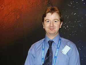 Paul Reilly, co-directeur du SGAC. Un jeune irlandais, avant tout citoyen du monde et passionné d'espace. © Espace Magazine