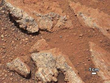 Le même rocher (baptisé Link) en image normale. © Nasa, JPL-Calech, MSSS