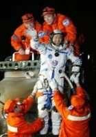 Shenzhou VII est dans les starting block... Ainsi que l'eventuelle collaboration de l'agence spatiale chinoise avec la Nasa (Crédits : Xinhua)